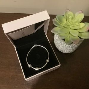 Pandora Silver Bracelet - Spacers & Heart Charm ❤️
